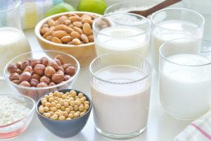 Növényi tejek készítése házilag